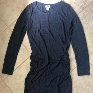 Old Navy Maternity long sleeve bodycon dress (Sm)